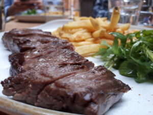Delicious Steak & Chips